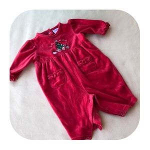 6/$15 6M Holiday velour one piece